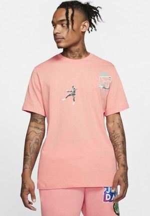 MJ PHOTO WING IT CREW - T-shirt z nadrukiem - pink