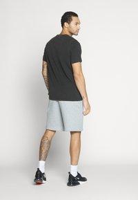 Jordan - JUMPMAN FLIGHT CREW - T-shirt con stampa - black - 2