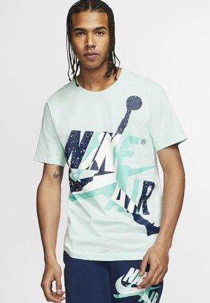 SS CTN JM CLASSICS HBR CREW - T-shirt imprimé - teal tint/white