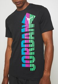 Jordan - Print T-shirt - black - 5