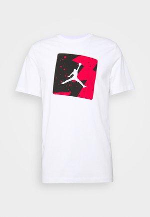 M J POOLSIDE CREW - T-shirt med print - white