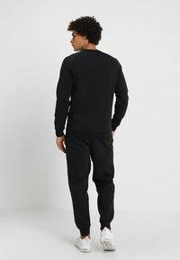 Jordan - JUMPMAN CREW - Sweatshirt - black - 2