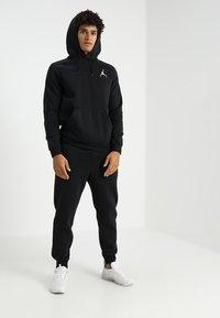 Jordan - JUMPMAN - Hoodie - black/white - 1