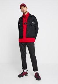 Jordan - FLIGHT LOOP 1/4 ZIP - Sweatshirt - gym red - 1