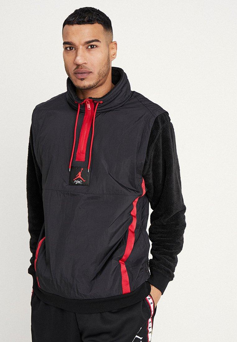 Jordan - WINGS OF FLIGHT - Sweatshirt - black/gym red