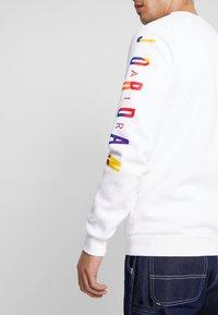 Jordan - CREW - Sweatshirt - white - 3