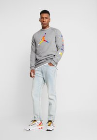 Jordan - CREW - Sweatshirt - carbon heather - 1