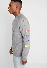 Jordan - CREW - Sweatshirt - carbon heather - 3