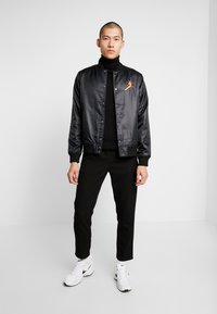 Jordan - Bomber Jacket - black/amarillo - 1