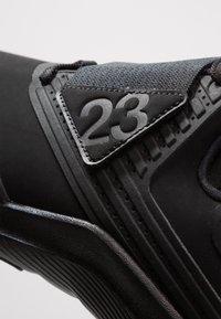 Jordan - RELENTLESS - Basketball shoes - black/anthracite - 5