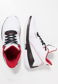 Jordan - 2X3 - Basketballsko - white/black/gym red - 1