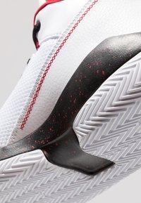 Jordan - 2X3 - Indoorskor - white/black/gym red - 5