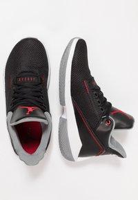 Jordan - 2X3 - Obuwie do koszykówki - black/gym red/particle grey - 1