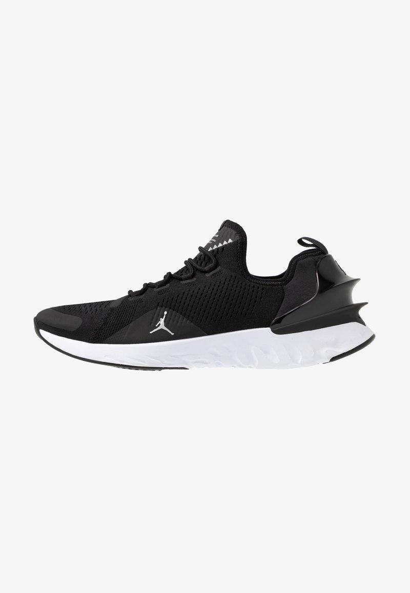 Jordan - REACT ASSASSIN - Indoorskor - black/metallic silver/white