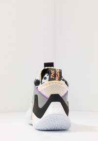 Jordan - WHY NOT 0.2 SE - Obuwie do koszykówki - white/orange pulse/black/particle grey/bright violet - 3