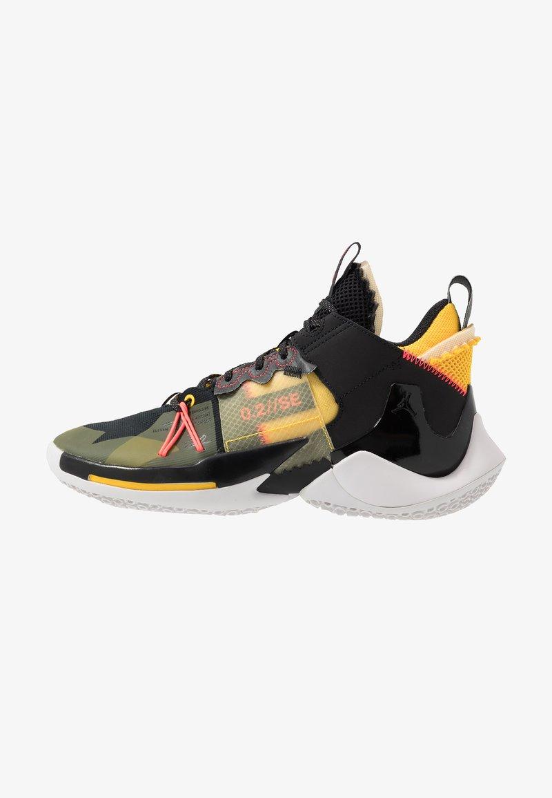 Jordan - WHY NOT 0.2 SE - Zapatillas de baloncesto - black/flash crimson/amarillo/vast grey