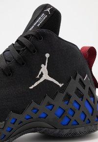 Jordan - JUMPMAN DIAMOND MID - Scarpe da basket - black/white/racer pink/laser orange - 6