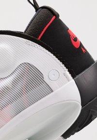 Jordan - AIR XXXIV - Koripallokengät - white/red orbit/black - 5