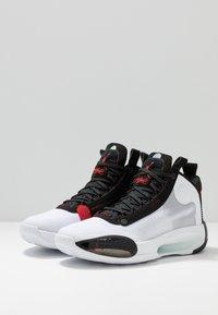 Jordan - AIR XXXIV - Koripallokengät - white/red orbit/black - 2