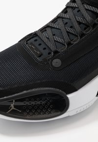 Jordan - AIR XXXIV - Basketsko - black/metallic silver - 5