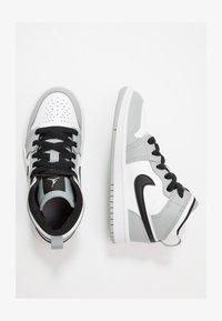 light smoke grey/black/white