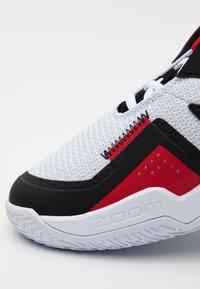Jordan - WESTBROOK ONE TAKE - Basketballsko - white/black/university red - 5