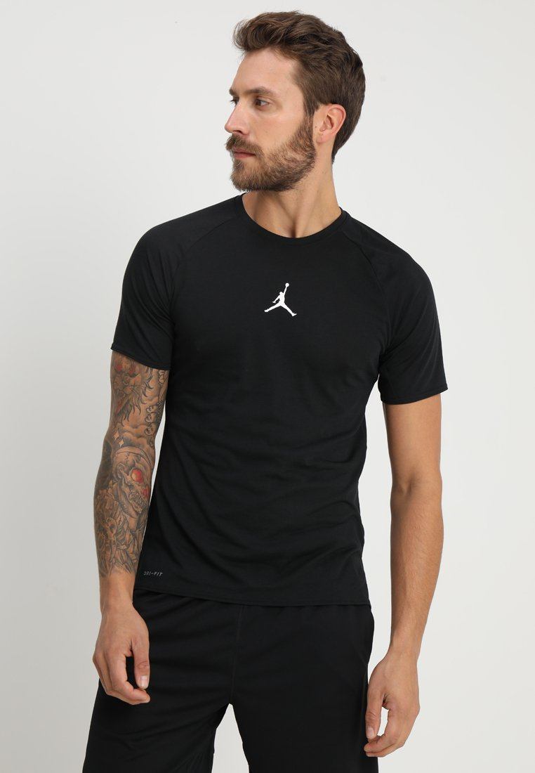 Jordan - ALPHA DRY - Camiseta estampada - black/white