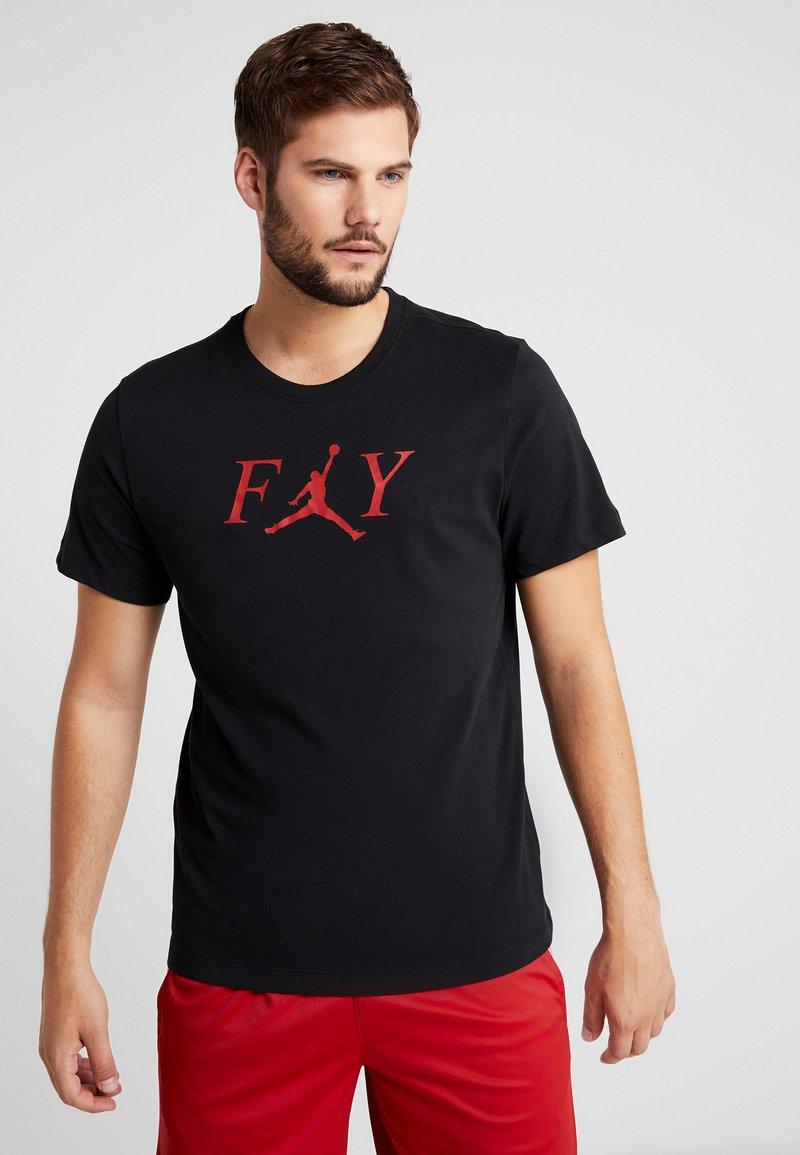 Jordan - FLY CREW - T-shirt med print - black/gym red