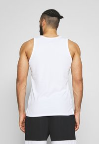 Jordan - 23ALPHA BUZZER BEATER TANK - Top - white/black - 2