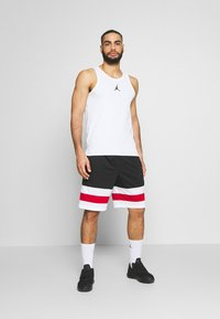Jordan - 23ALPHA BUZZER BEATER TANK - Top - white/black - 1