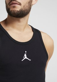 Jordan - 23ALPHA BUZZER BEATER TANK - Top - black/white - 4