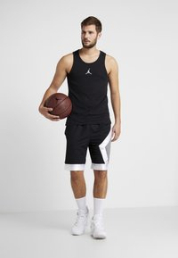 Jordan - 23ALPHA BUZZER BEATER TANK - Top - black/white - 1