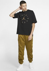 Jordan - T-shirt med print - black - 1