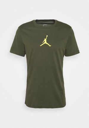 JUMPMAN CREW - Camiseta estampada - cargo khaki/laser orange