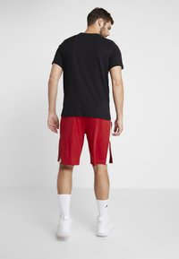 Jordan - ALPHA DRY SHORT - Pantaloncini sportivi - gym red/white - 2