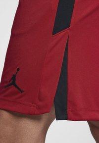 Jordan - ALPHA DRY - Urheilushortsit - gym red/black/black - 4