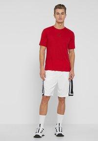 Jordan - Korte sportsbukser - white/black/white - 1