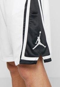 Jordan - Korte sportsbukser - white/black/white - 4