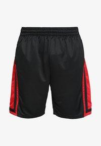Jordan - Korte sportsbukser - black/gym red/black - 4