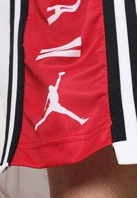 Jordan - BASKETBALL SHORT - Urheilushortsit - white/gym red/black - 6