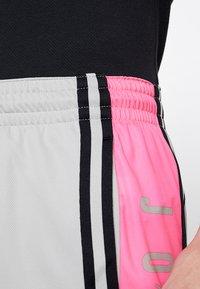 Jordan - BASKETBALL SHORT - Träningsshorts - spruce fog/hyper pink/black - 5