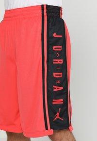 Jordan - BASKETBALL SHORT - Träningsshorts - ember glow/black - 4