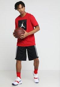 Jordan - BASKETBALL SHORT - Korte broeken - black/white/black - 1