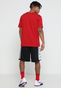 Jordan - BASKETBALL SHORT - Korte broeken - black/white/black - 2