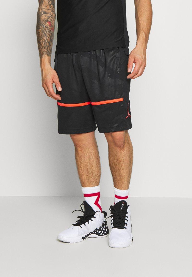 Jordan - JUMPMAN CAMO SHORT - Korte broeken - black/infrared
