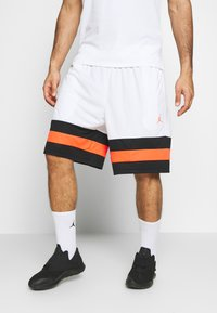 Jordan - JUMPMAN BBALL SHORT - Sports shorts - white/black/infrared - 0