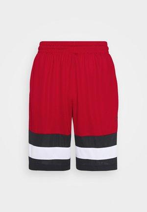 JUMPMAN BBALL SHORT - Krótkie spodenki sportowe - gym red/black/white/black