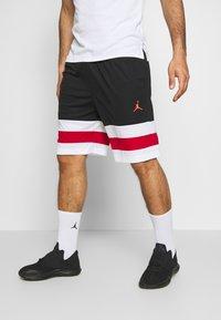Jordan - JUMPMAN BBALL SHORT - Träningsshorts - black/white/gym red - 0
