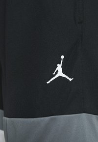 Jordan - JUMPMAN BBALL SHORT - kurze Sporthose - black/smoke grey/white/white - 4