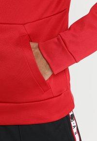 Jordan - ALPHA THERMA HOODIE - Hættetrøjer - gym red/black - 5